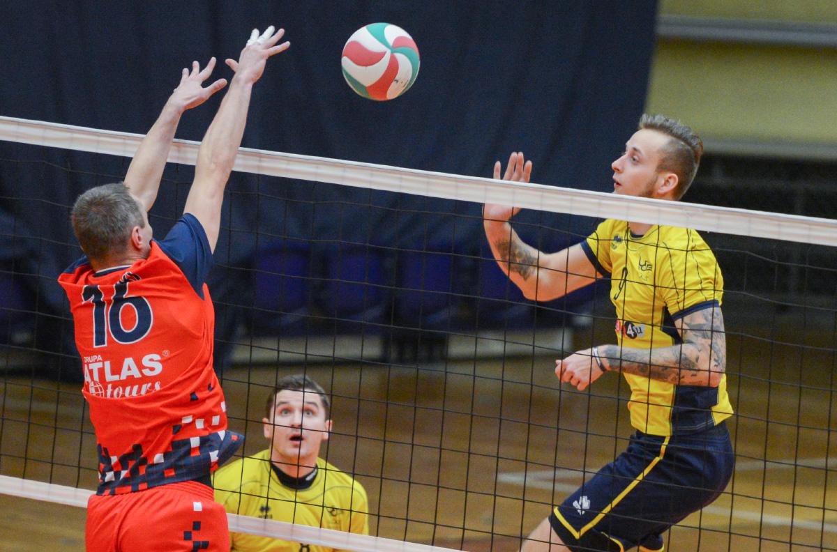 Siatkarze MCKiS Jaworzno wygrali trzynaste spotkanie z rzędu. Tym razem pokonali TS Volley Rybnik.