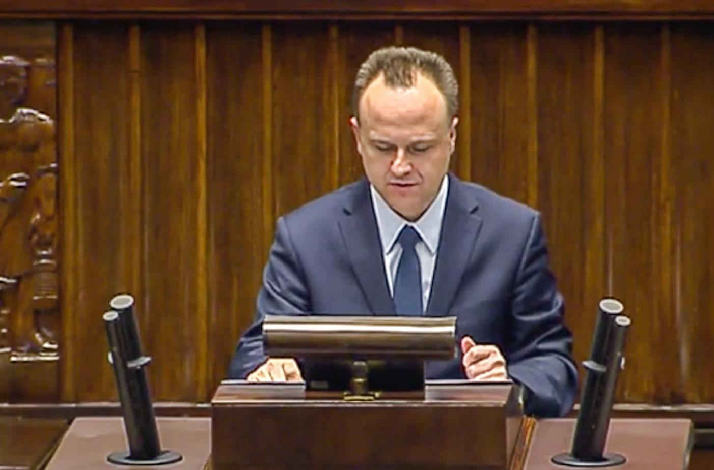 Dariusz Starzycki - pierwsze wystąpienie w sejmie dotyczące kontraktu jaworznickiego szpitala z NFZ.