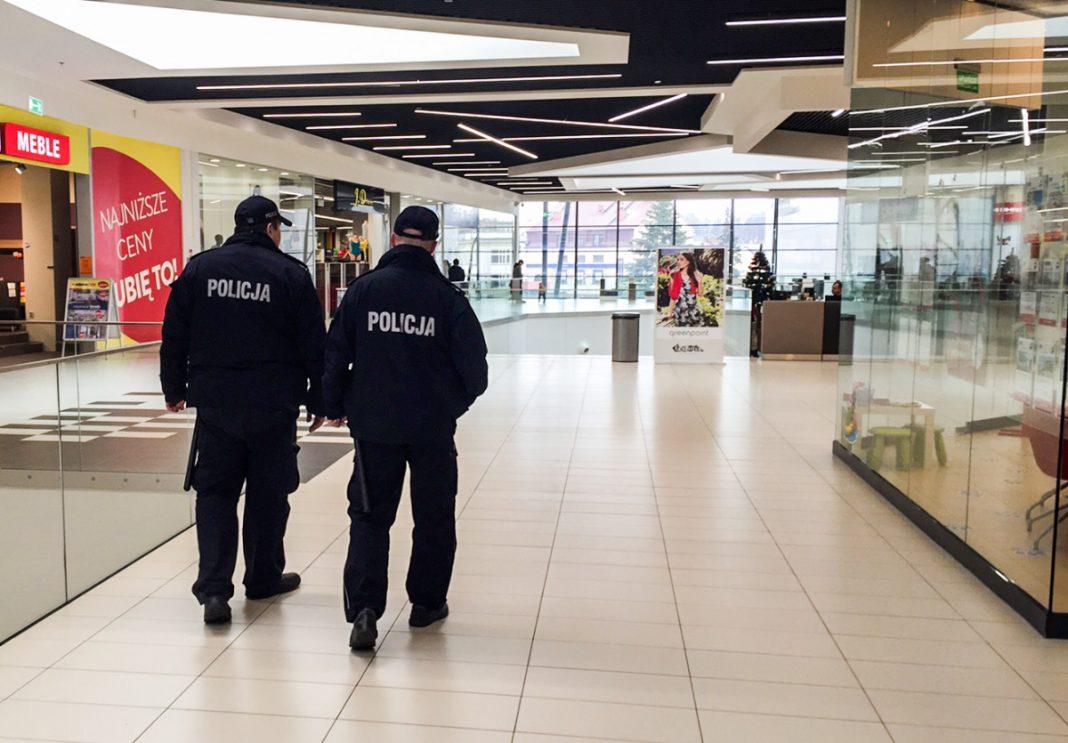 Po atakach w Brukseli wzmożone patrole policji