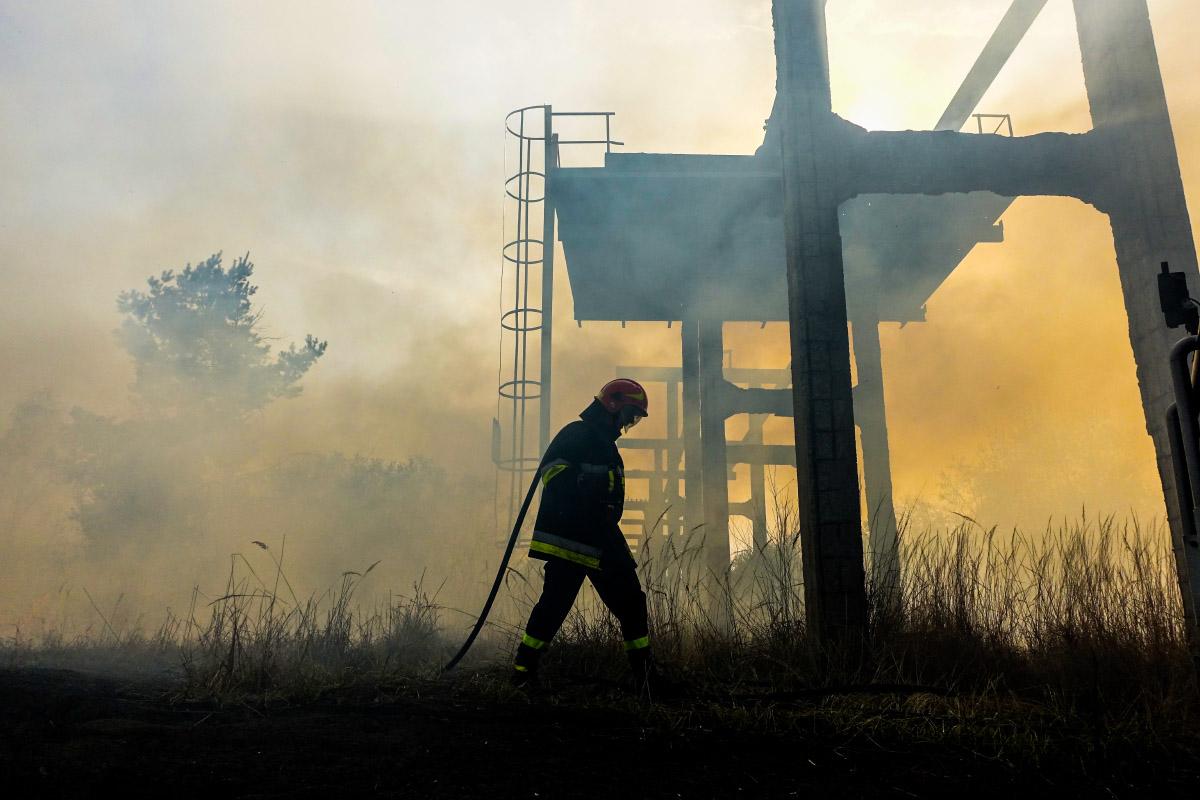 Przy ul. Promiennej, pomiędzy Łęgiem a Wysokim Brzegiem około godziny 14:30 wybuchł pożar łąk.