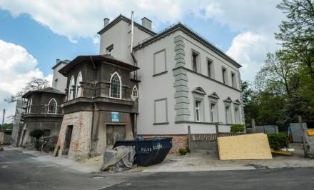 Willa w Szczakowej jest remontowana.