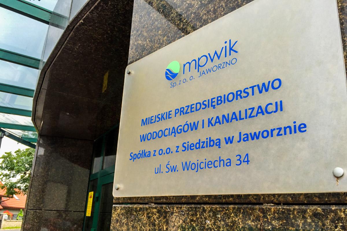 Już tylko dwa miesiące zostały właścicielom nieruchomości zlokalizowanych w dzielnicach Bory i Warpie, a także przy ul. Koniówka i Lipnika na podłączenie się do miejskiej kanalizacji.