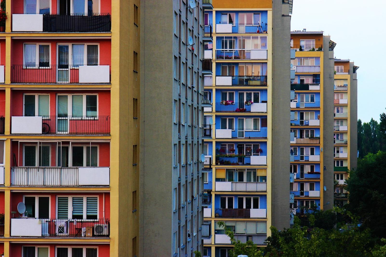 Mieszkanie z przetargu – jak tanio kupić nieruchomość